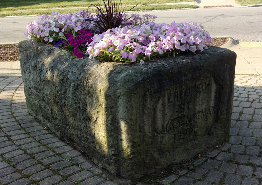 historic planter
